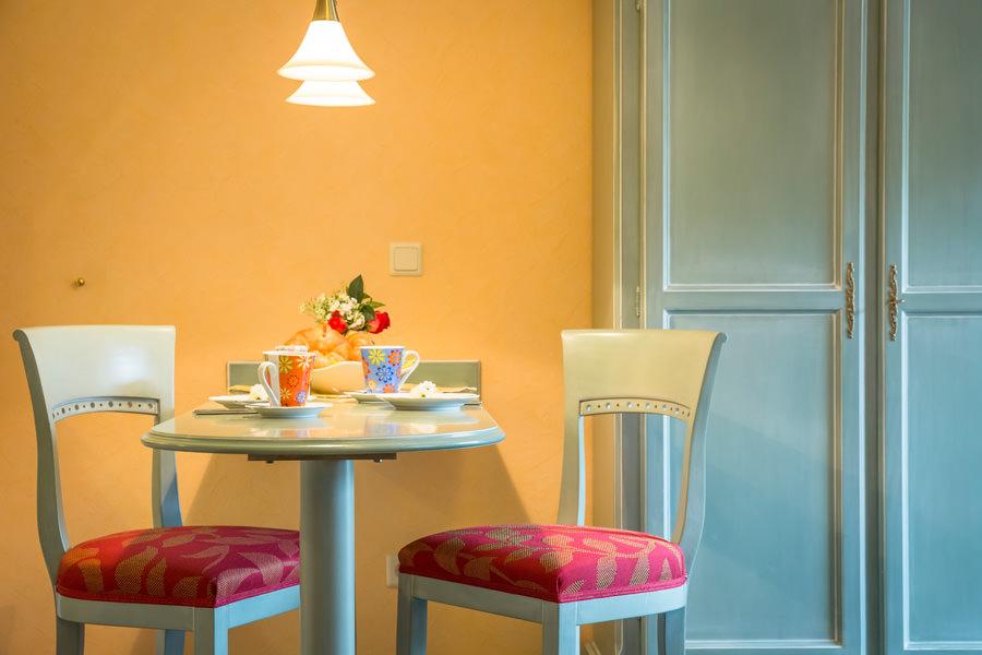 Appartements auf der Insel Rügen im Ostseebad Baabe – Küchenbereich im Ferienhaus Hanseatic