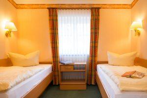 Ferienwohnung auf Rügen im Ostseebad Baabe in der Villa Hanseatic – Schlafzimmer vom 3-Raum-Appartement