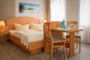 Ferienwohnungen im Ostseebad Baabe auf der Insel Rügen – 1-Raum-Appartement mit Schlafzimmer der Villa Hanseatic