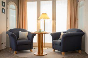 Ferienwohnungen auf der Insel Rügen im Ostseebad Baabe – Wohnzimmer im 1-Raum-Appartement in der Villa Hanseatic