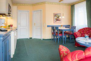 Fewo auf Rügen im Ostseebad Baabe – 3-Raum-Zimmer im Ferienhaus Hanseatic