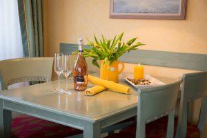 Ostseebad Baabe auf der Insel Rügen – Zimmer der Ferienwohnung im Appartementhaus Hanseatic