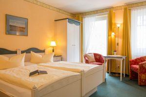 Fewo im Ostseebad Baabe auf der Insel Rügen – Schlafzimmer der Ferienwohnung im Haus Hanseatic