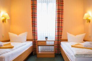 Rügen-Fewo im Ostseebad Baabe – Zimmer vom 3-Raum-Appartement im Ferienhaus Hanseatic